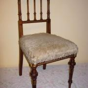 passender Stuhl Nussbaum um 1880 guter Orginalzustand 43 b 42 t 91 h 300 €