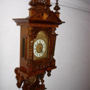 Gründerzeit Freischwinger Nussbaum und Buche restauriert um 1890 Uhrwerk überholt Zifferblattring Emailiert Pentel mit Engeln 44 b 20 t 114 h  950 €