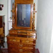 Spiegelaufsatzkommode Nussbaum um 1890 sieben Schubladen restauriert 95 b 54 t 212 h 1400 €